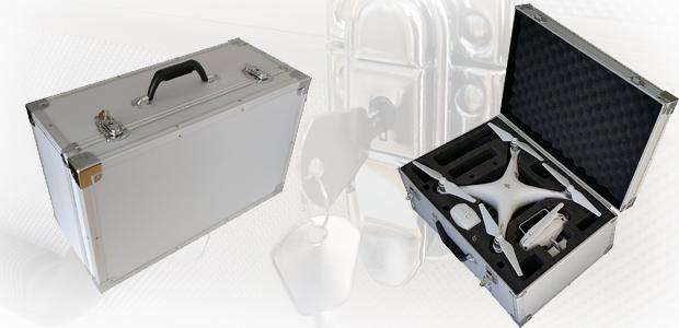 Der abschließbare Alukoffer für die DJI Phantom 4 bietet viel Platz und ist robust