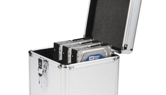 Festplattenkoffer bei Amazon kaufen Alukoffer für ausgebaute Festplatten